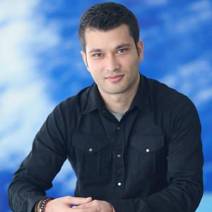 Photo of Leo Gopal